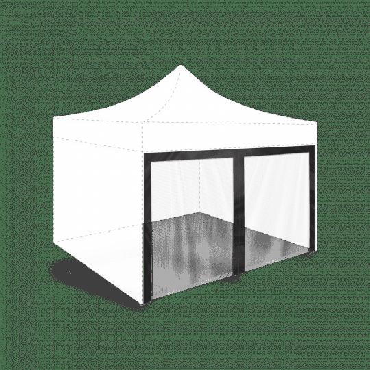 Moskitonetz auf einem Zelt